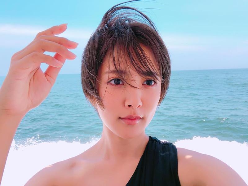 【夏菜水着画像】女優として活躍中の夏菜のエロい水着&私服画像 38