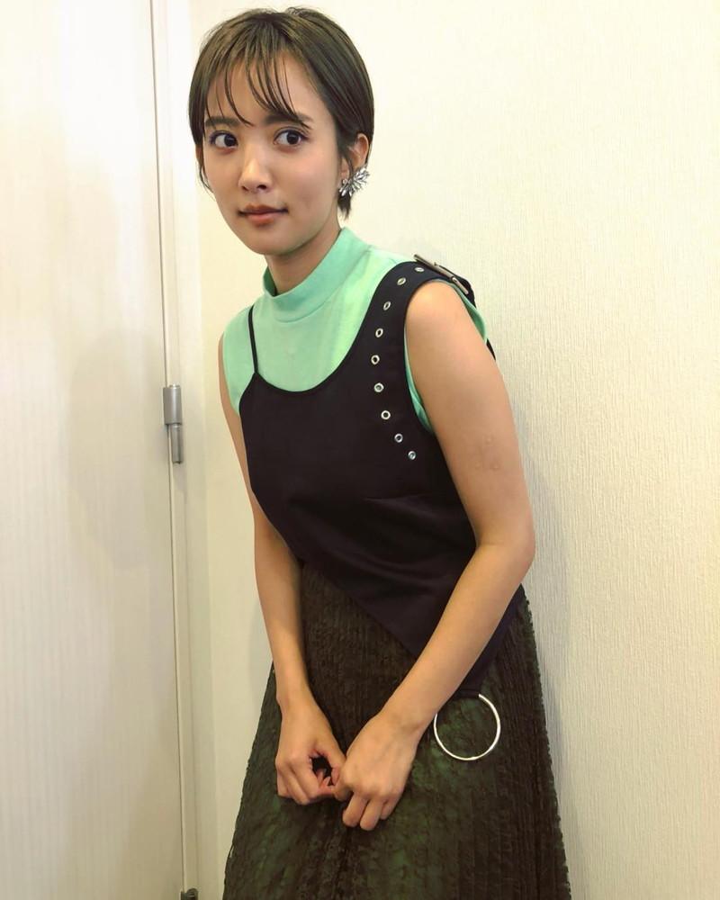 【夏菜水着画像】女優として活躍中の夏菜のエロい水着&私服画像 39