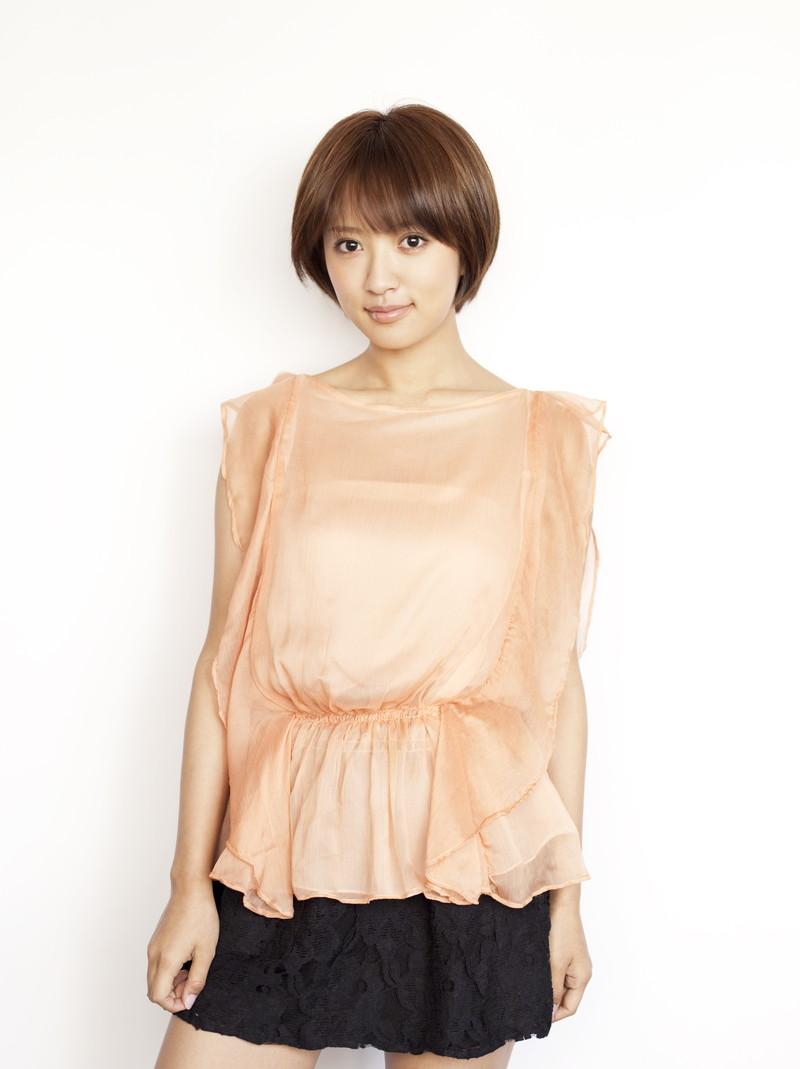 【夏菜水着画像】女優として活躍中の夏菜のエロい水着&私服画像 52
