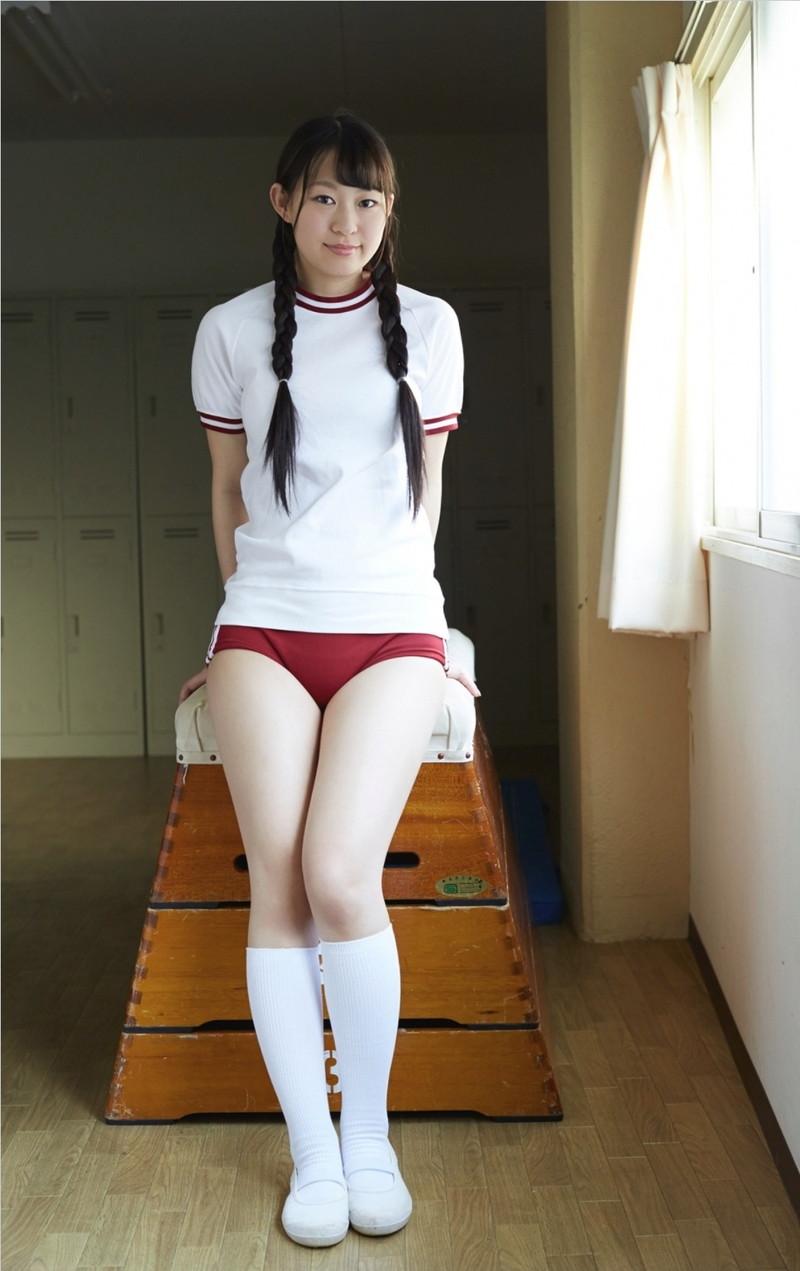 【グラドルブルマ画像】お尻がエッチなグラビアアイドルのブルマ体操着画像 64