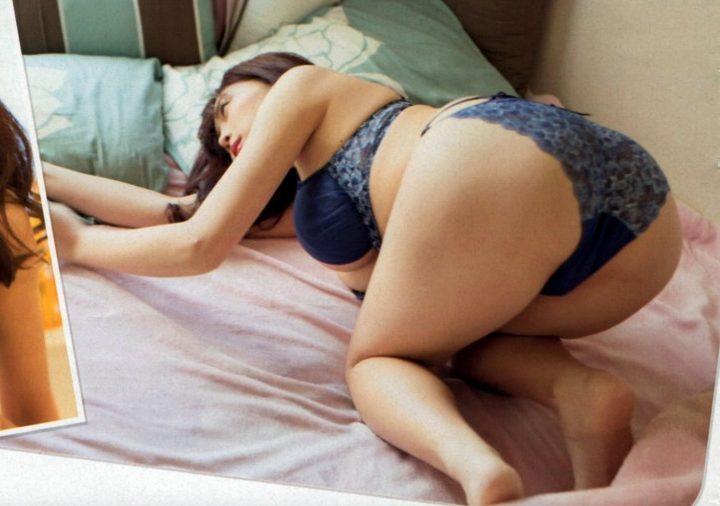 【グラドル生足画像】グラビアアイドルの綺麗でエロい生足画像 29