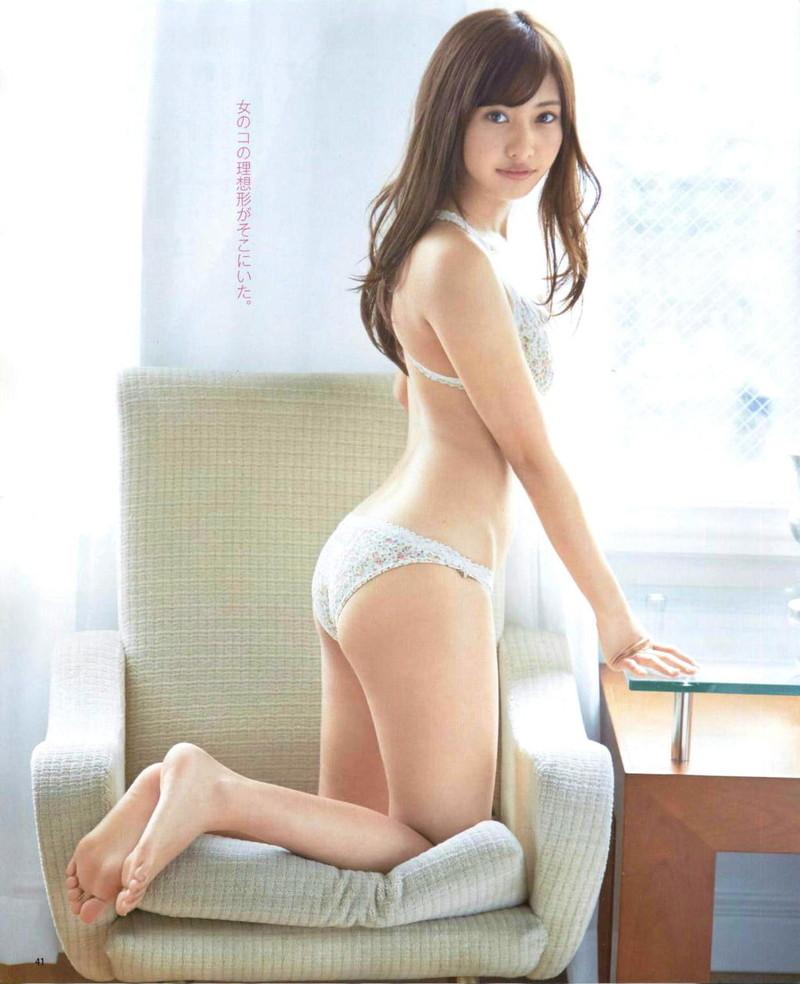 【グラドル生足画像】グラビアアイドルの綺麗でエロい生足画像 45