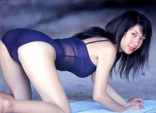 【小林恵美グラビア画像】芸能界引退を発表したグラドル美女のセクシー水着画像 44