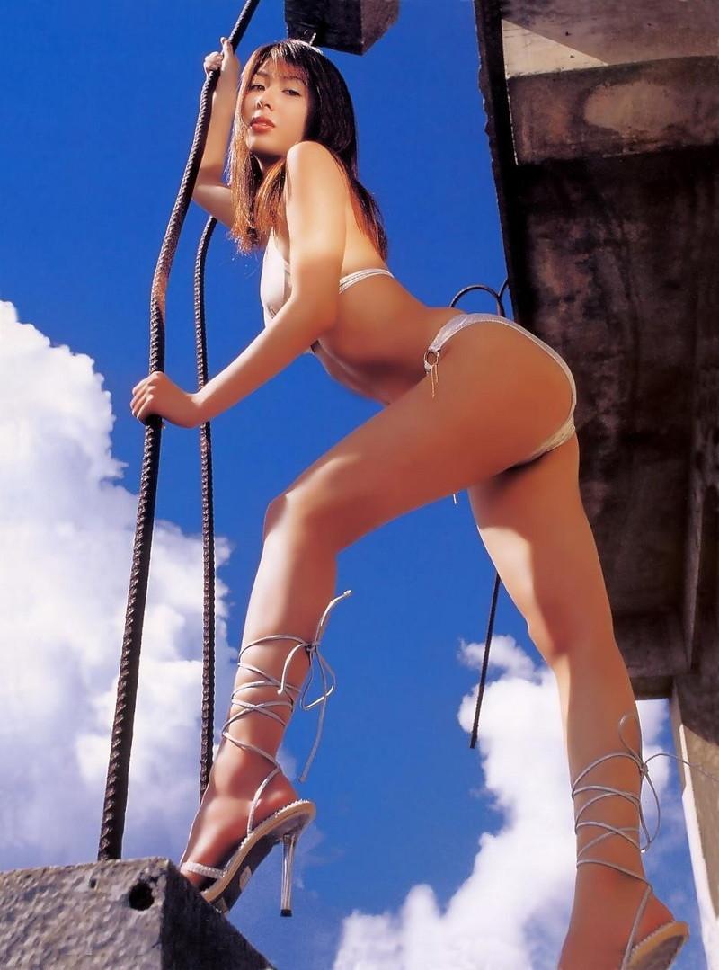 【小林恵美グラビア画像】芸能界引退を発表したグラドル美女のセクシー水着画像 54