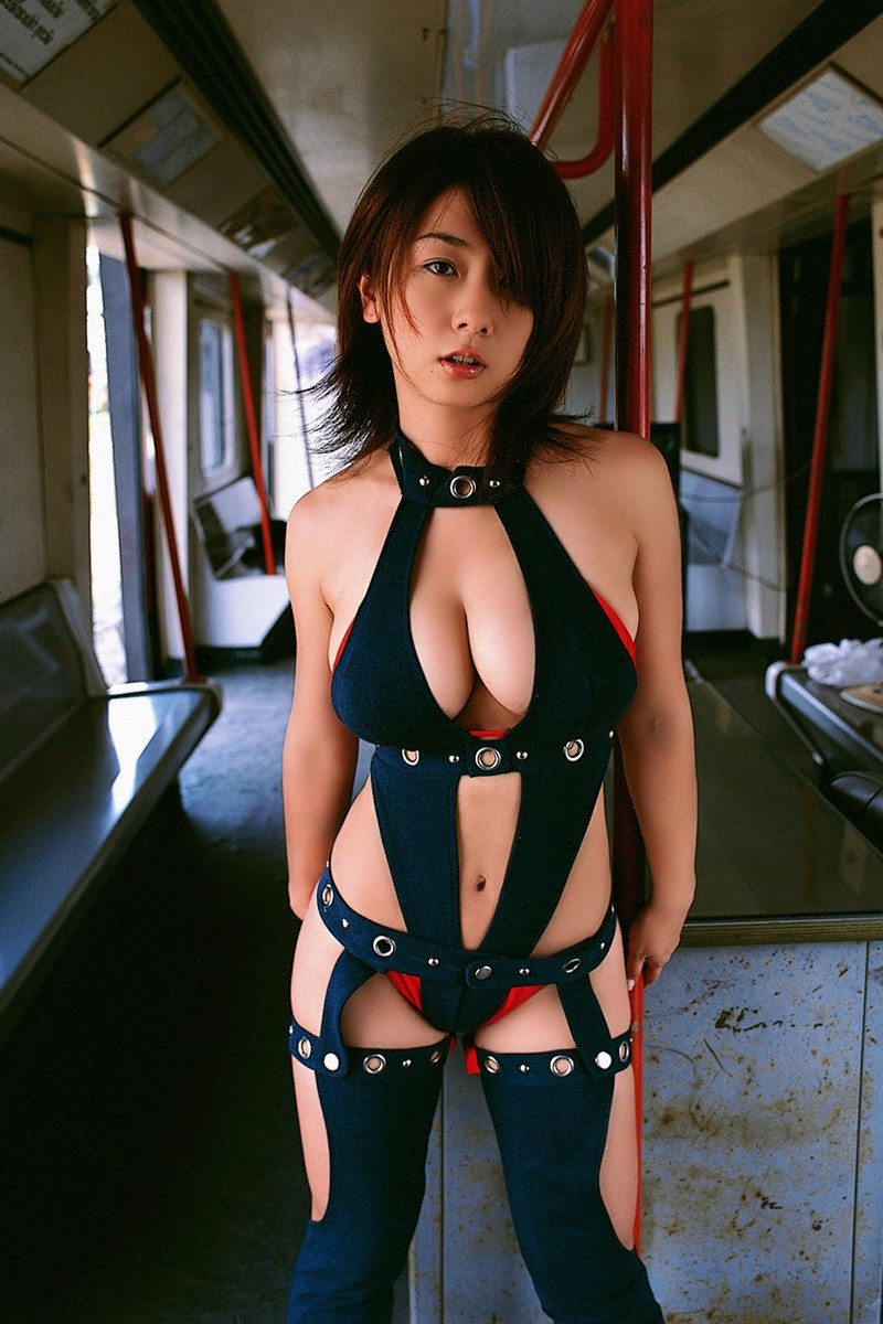 【グラドルボンデージ画像】グラドルやAV女優の激エロなセクシーボンデージ画像 11
