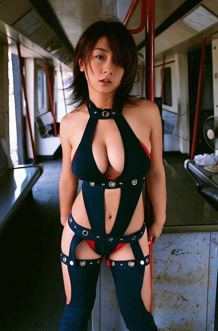 【グラドルボンデージ画像】グラドルやAV女優の激エロなセクシーボンデージ画像 23