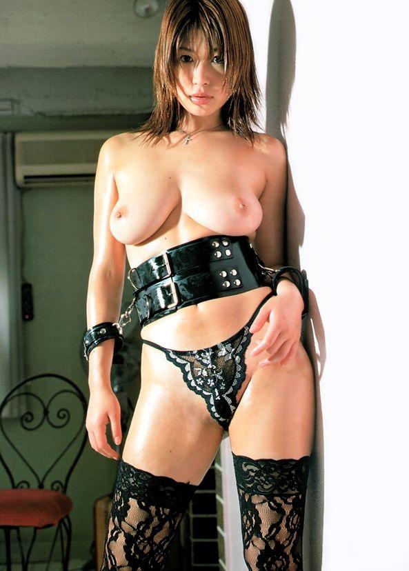 【グラドルボンデージ画像】グラドルやAV女優の激エロなセクシーボンデージ画像 33