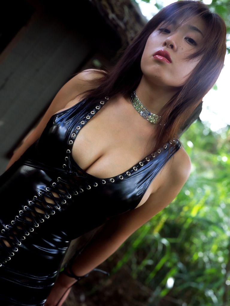 【グラドルボンデージ画像】グラドルやAV女優の激エロなセクシーボンデージ画像 34