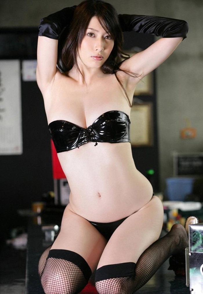 【グラドルボンデージ画像】グラドルやAV女優の激エロなセクシーボンデージ画像 56