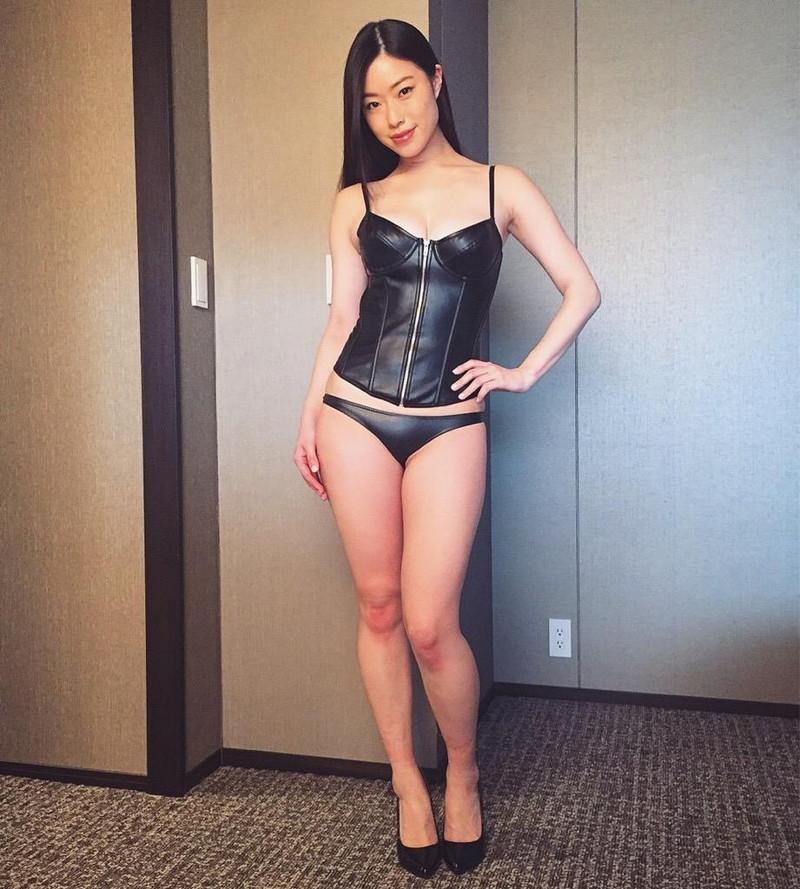 【グラドルボンデージ画像】グラドルやAV女優の激エロなセクシーボンデージ画像 79