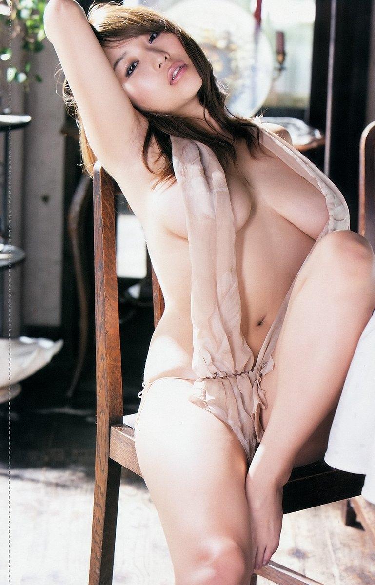 【グラドルエロ水着画像】露出多めなエロデザイン水着のグラビアアイドル画像 69