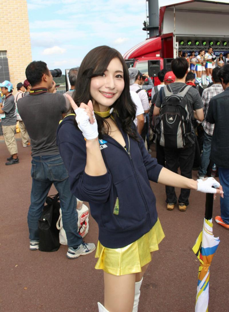 【高坂ゆかりグラビア画像】元レースクイーンのGカップ巨乳グラドル美女画像 76