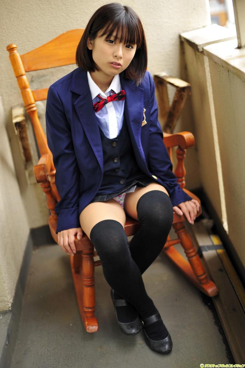 【ボブヘア美女エロ画像】ボブヘアが似合って可愛い美女のエロ画像 23