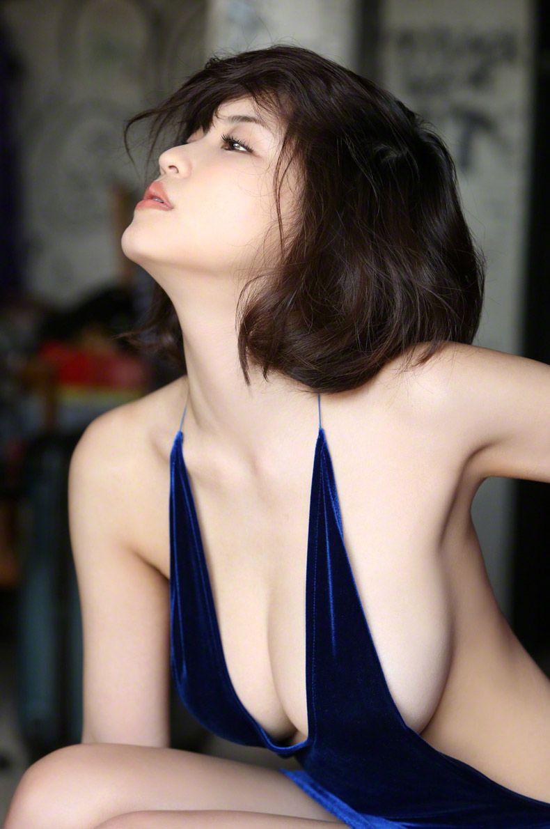 【ボブヘア美女エロ画像】ボブヘアが似合って可愛い美女のエロ画像 27