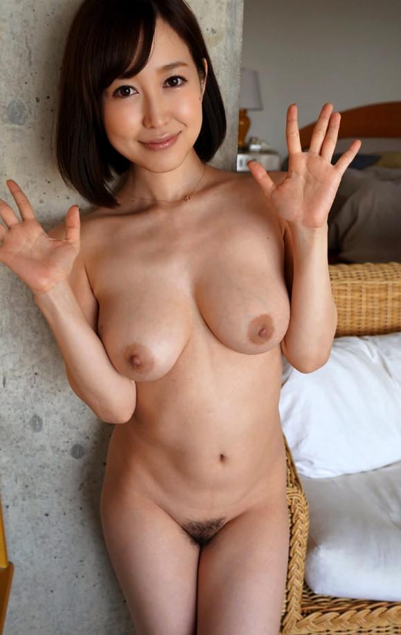 【ボブヘア美女エロ画像】ボブヘアが似合って可愛い美女のエロ画像 34