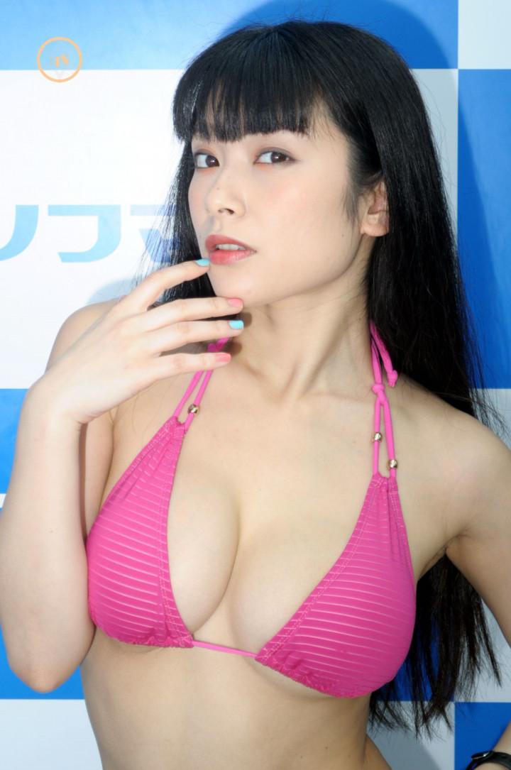 【春野恵グラビア画像】セクシー過ぎる魅力に溢れたGカップ巨乳美女画像 05