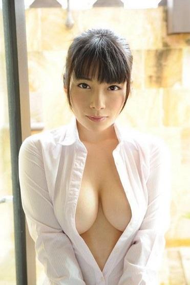 【春野恵グラビア画像】セクシー過ぎる魅力に溢れたGカップ巨乳美女画像 24
