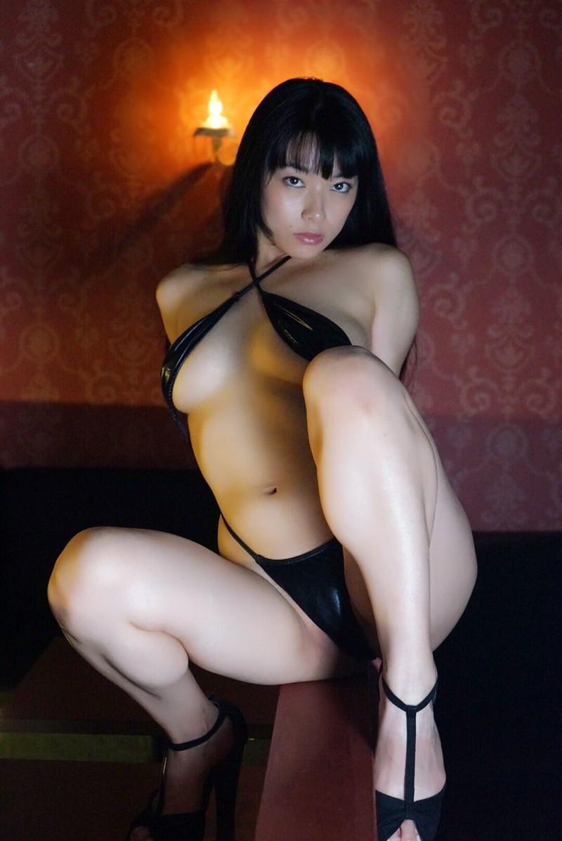 【春野恵グラビア画像】セクシー過ぎる魅力に溢れたGカップ巨乳美女画像 37