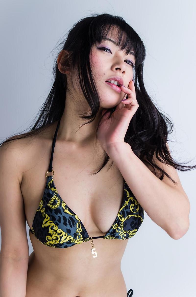【春野恵グラビア画像】セクシー過ぎる魅力に溢れたGカップ巨乳美女画像 53