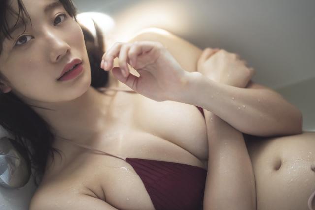 【小倉優香グラビア画像】リアル峰不二子と称される激エロGカップ巨乳グラドル!