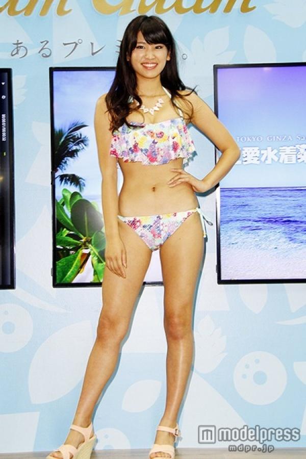 【久松郁実グラビア水着画像】モグラ女子として人気な久松郁実さんのビキニ画像 38