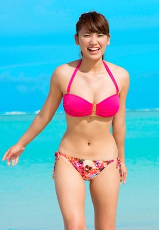 【久松郁実グラビア水着画像】モグラ女子として人気な久松郁実さんのビキニ画像 56