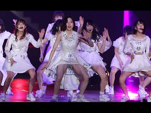 【AKB48パンチラ画像】可愛いミニスカ衣装でパンチラしそうなアイドル画像 49