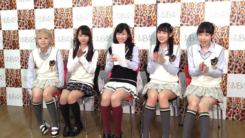 【AKB48パンチラ画像】可愛いミニスカ衣装でパンチラしそうなアイドル画像 77