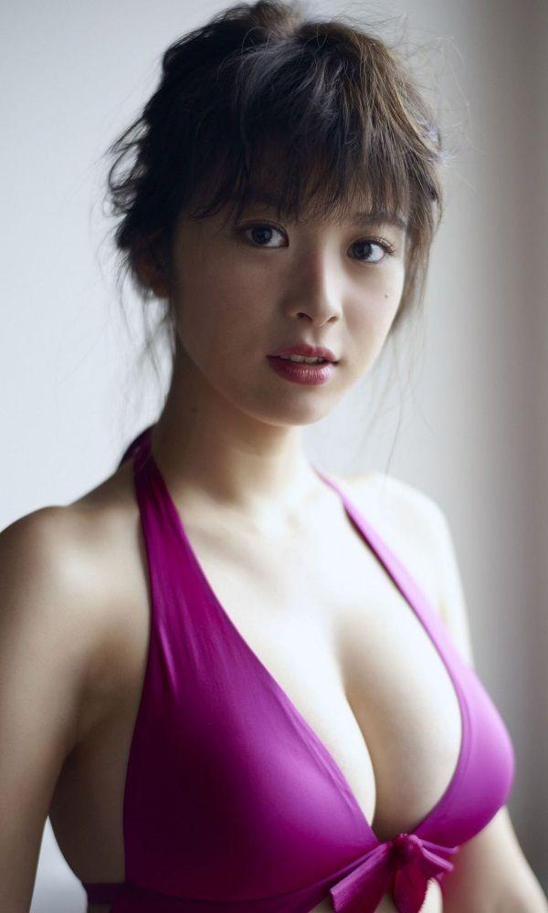 【馬場ふみかグラビア画像】目元のホクロが色っぽいモグラ女子のセクシーショット 41