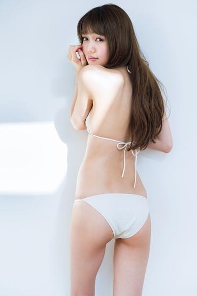 【モグラ女子ビキニ画像】スタイル抜群な美女たちの激エロビキニショット! 08