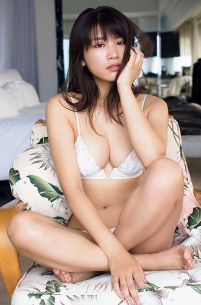 【モグラ女子ビキニ画像】スタイル抜群な美女たちの激エロビキニショット! 80