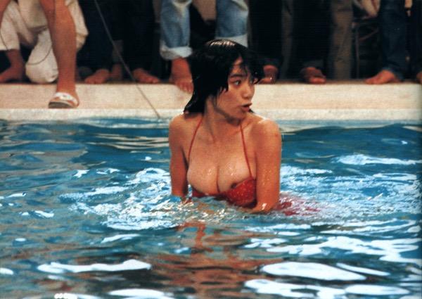 【アイドル水泳大会】昭和から平成までポロリもあった水泳大会画像 30