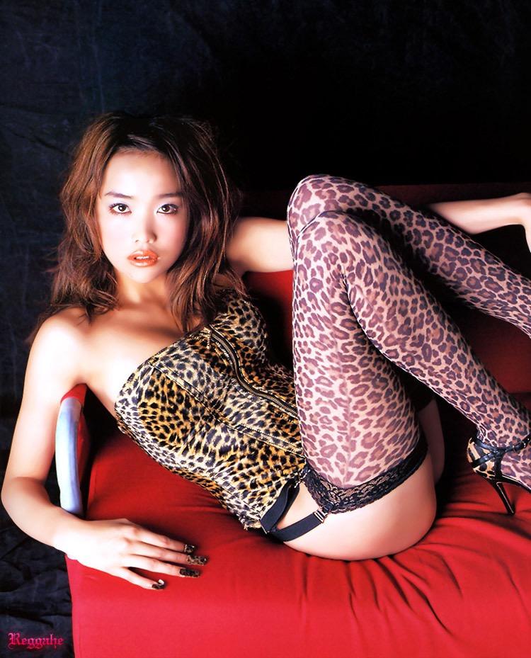 【グラドルエロ画像】見た瞬間チンコにヒットする激シコグラドル美女! 49