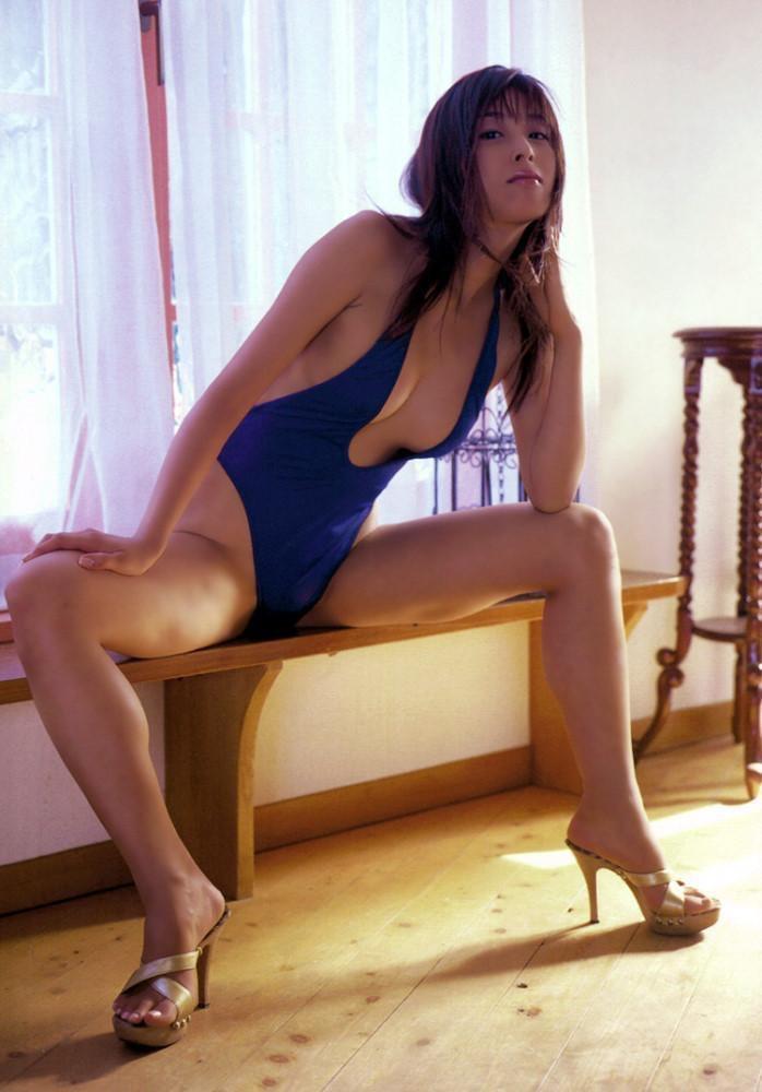 【グラドルエロ画像】見た瞬間チンコにヒットする激シコグラドル美女! 60