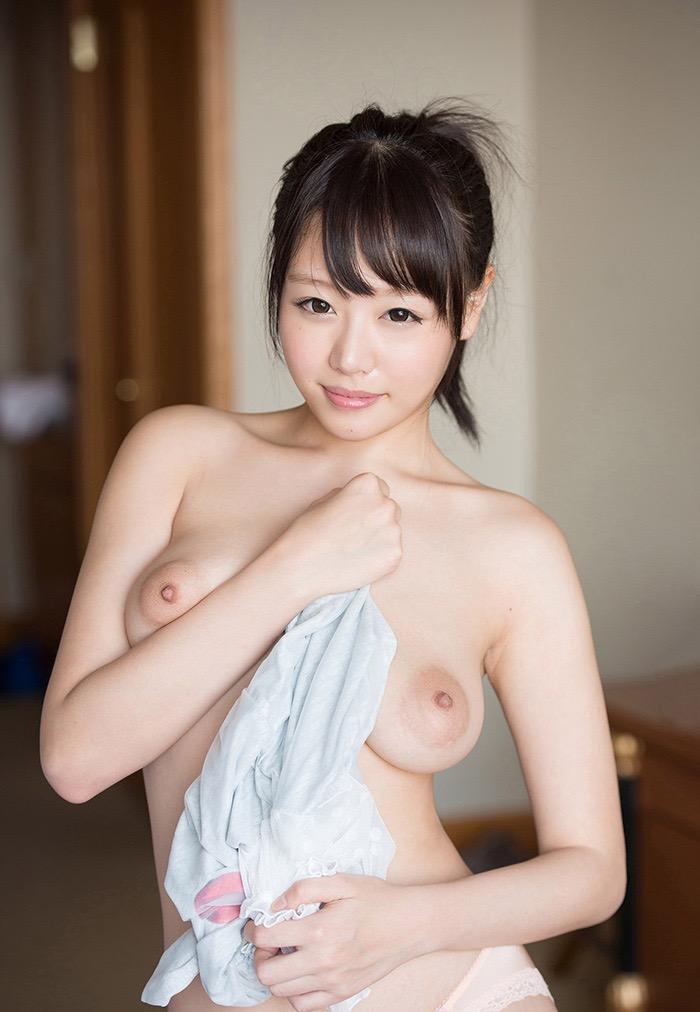 【AV女優グラビア画像】キワドイ露出やフルヌードまで魅せるエログラビア美女 03