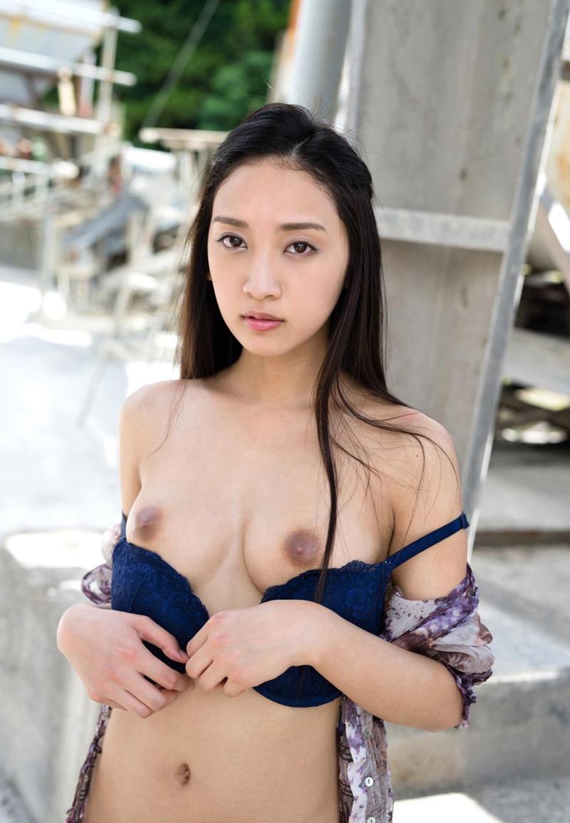 【AV女優グラビア画像】キワドイ露出やフルヌードまで魅せるエログラビア美女 46
