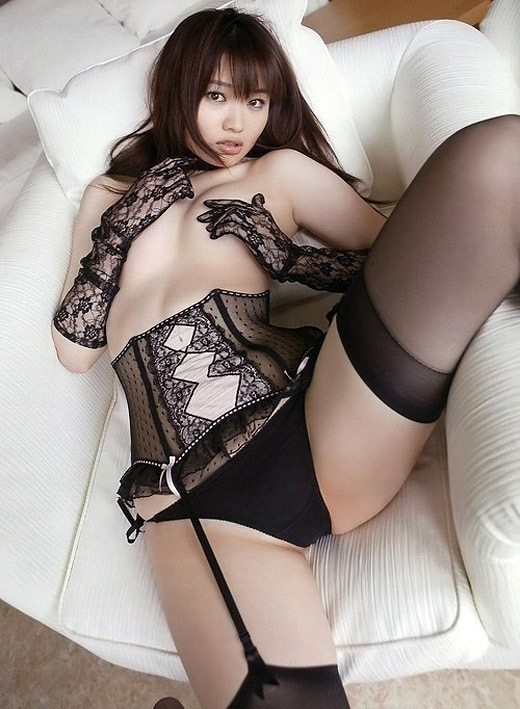 【AV女優グラビア画像】キワドイ露出やフルヌードまで魅せるエログラビア美女 72