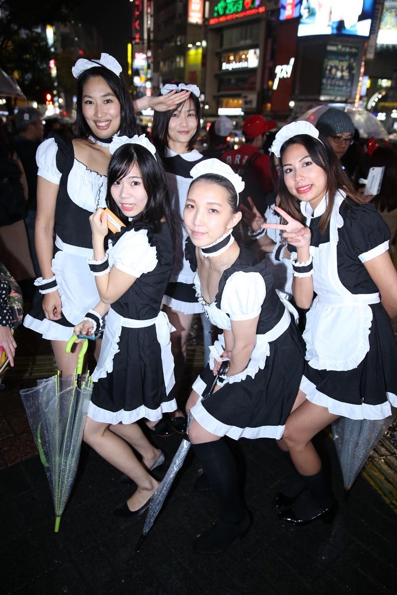 【ハロウィンコスプレ画像】渋谷に集まるギャル達の凝った様々な衣装がエロい! 07