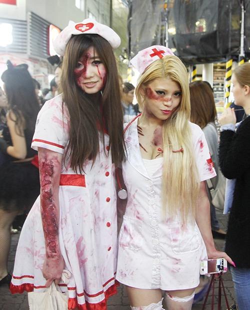 【ハロウィンコスプレ画像】渋谷に集まるギャル達の凝った様々な衣装がエロい! 14