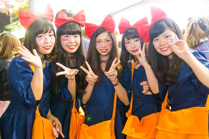 【ハロウィンコスプレ画像】渋谷に集まるギャル達の凝った様々な衣装がエロい! 19