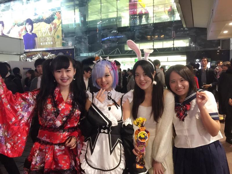 【ハロウィンコスプレ画像】渋谷に集まるギャル達の凝った様々な衣装がエロい! 41