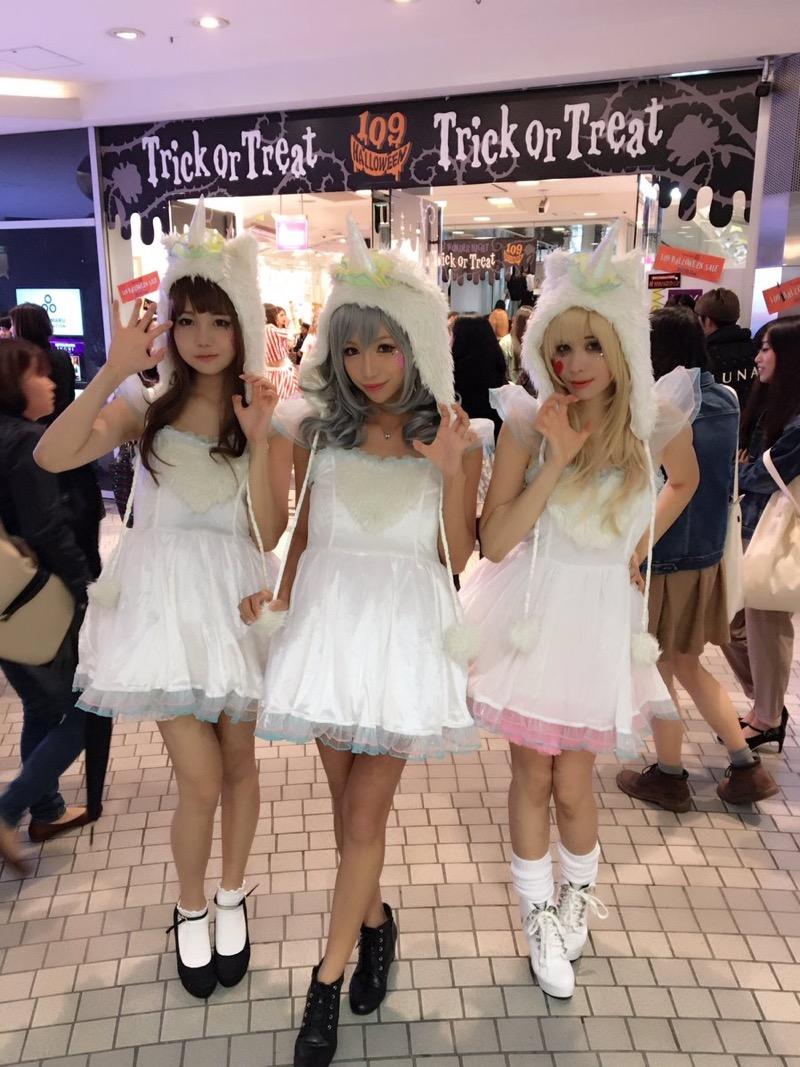 【ハロウィンコスプレ画像】渋谷に集まるギャル達の凝った様々な衣装がエロい! 45