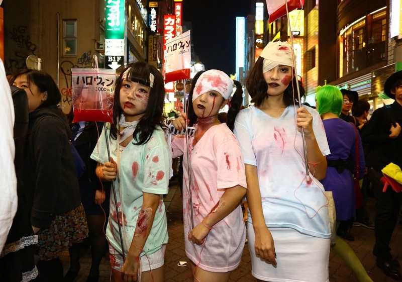 【ハロウィンコスプレ画像】渋谷に集まるギャル達の凝った様々な衣装がエロい! 61