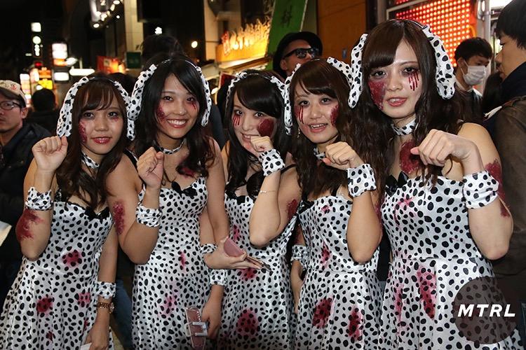 【ハロウィンコスプレ画像】渋谷に集まるギャル達の凝った様々な衣装がエロい! 68