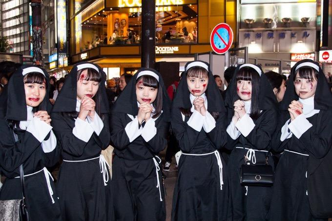【ハロウィンコスプレ画像】渋谷に集まるギャル達の凝った様々な衣装がエロい! 69