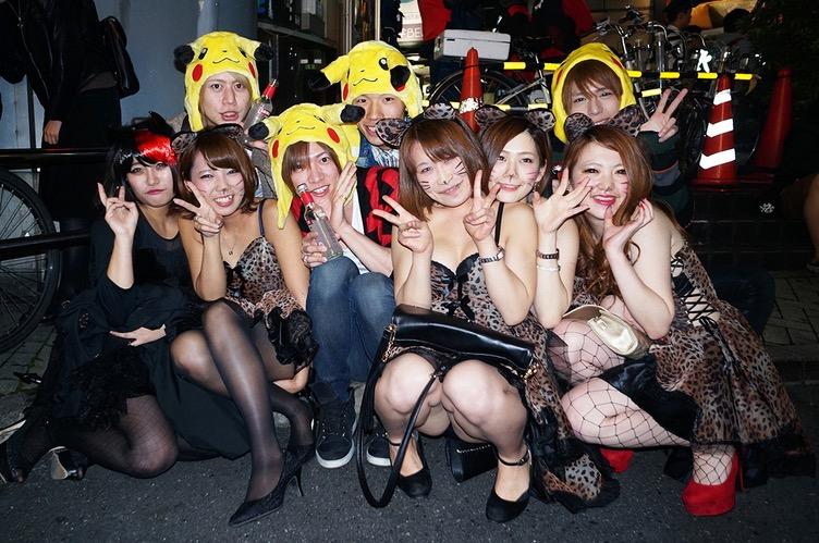 【ハロウィンコスプレ画像】渋谷に集まるギャル達の凝った様々な衣装がエロい! 75
