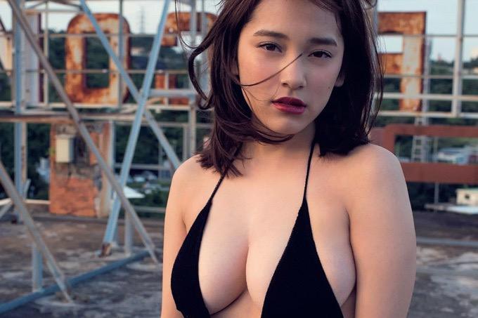 【都丸紗也華グラビア画像】パイズリさせたら気持ち良さそうな柔らかFカップ巨乳! 60