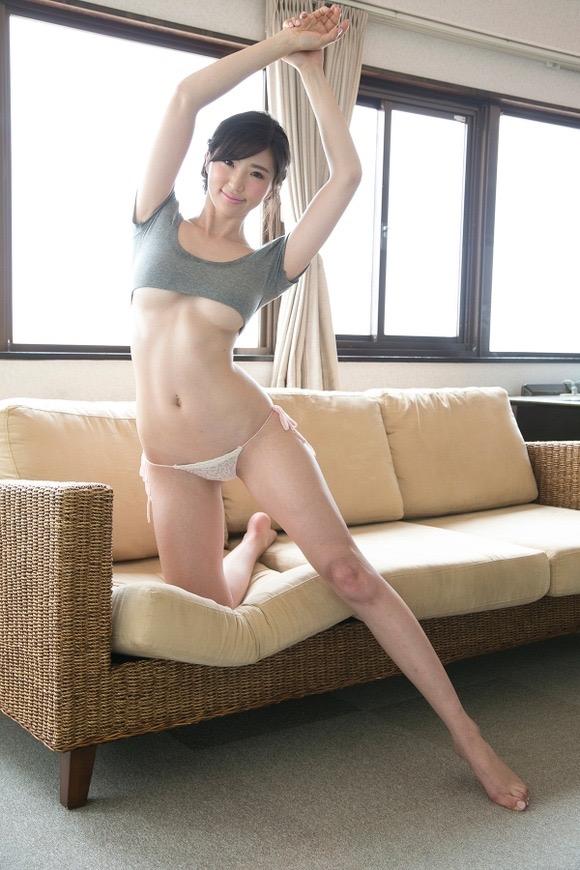【長身グラドル画像】スタイル抜群なモデル体型の長身美女エロ画像 05
