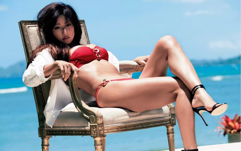 【深田恭子セクシー画像】三十路を越えて色気ある身体がソソる美人女優!