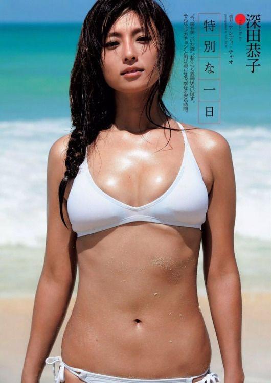 【深田恭子セクシー画像】三十路を越えて色気ある身体がソソる美人女優! 13